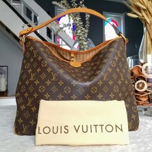 💕Authentic LV Delightful MM Monogram Hobo bag
